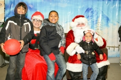 2016_TNMA_Tree-Lighting_-0666